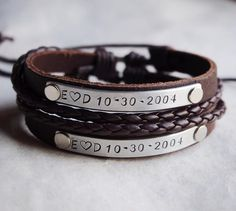 Your place to buy and sell all things handmade Couple Bracelets Leather, Matching Couple Bracelets, Bracelets For Boyfriend, Boyfriend Gifts, Boyfriend Girlfriend, Bracelets For Couples, Girlfriend Anniversary Gifts, Birthday Gifts For Girlfriend, Sister Gifts