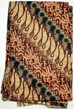 Indonesian Javanese Kain Batik Textile/fabric, quilting, pillow cases, etc. Cotton Crafts, Javanese, Textile Fabrics, Animal Print Rug, Pillow Cases, Oriental, Quilting, Colours, Pillows