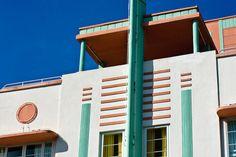 Art Deco destinations fit for the Great Gatsby: Miami, Florida Miami Art Deco, Streamline Moderne, Art Deco Buildings, The Great Gatsby, Art Deco Design, Miami Florida, Cities, Destinations, Ocean