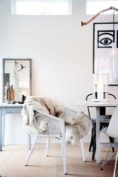 White Interiors #diningroom#whitehouse #interiors #white