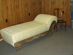 Plain Vintage Fainting Couch With Decorating Ideas