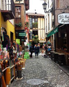 Potes #potes #liebana #cantabriasan #cantabria #turismo #cantabriayturismo #cantabria_y_turismo #cantabriainfinita #cantabros #cantabricamente #cantabriaverde  #cantabriarural  #igerscantabria #paseucos #paseúcos #cantabriamola #igercantabria #igcantabria #fotocantabria #follow #picoftheday #instapic #fotodeldia #pasionporcantabria #latierruca #lamontaña Esta imagen tiene copyright