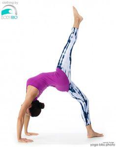 Week 66 : One Leg Wheel Pose [Eka Pada Urdhva Dhanurasana] » Yoga Pose Weekly