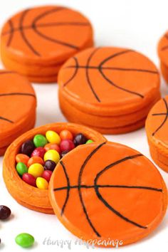Crack open a basketball piñata cookie to find Skittles candy hiding inside. These treats are perfect for a basketball-themed party or March Madness event. Best Party Food, Party Food And Drinks, Cut Out Cookies, Fun Cookies, Homemade Desserts, Delicious Desserts, Pinata Cookies, Basketball Cookies, Edible Crafts