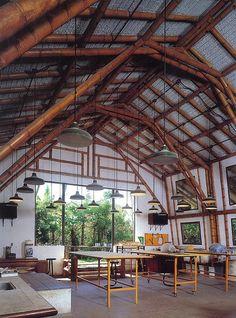 Pottery studio by Simon Velez Dream Studio, Home Studio, Studio Table, Bamboo Building, Natural Building, Bamboo House, Bamboo Roof, Bamboo Structure, Bamboo Construction