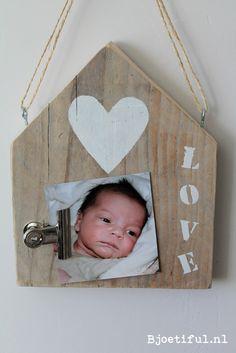 Steigerhout memohuisje Love - voor je allermooiste foto, kaartje of dierbare herinnering