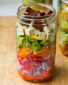 Veggie or vegan mason jar salads!