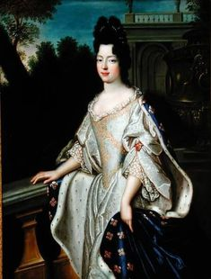 A Most Beguiling Accomplishment: English and French Women's Court Dress