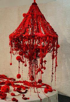 """Small but Mighty Wandering Pearl"", 2006 — Mandy Greer Yarn Chandelier, White Chandelier, Modern Chandelier, Chandelier Lighting, Diy Luminaire, Instalation Art, Diy Halloween Decorations, Lamp Shades, Textile Art"