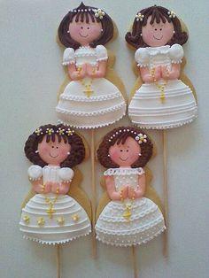 hermosas ideas para decorar las galletas de la primera comunion para una niña: