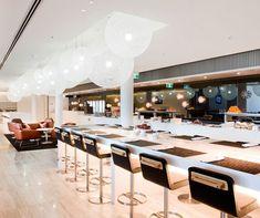 I know it's weird, but I just love a good airport lounge: Bangkok - Qantas Lounge