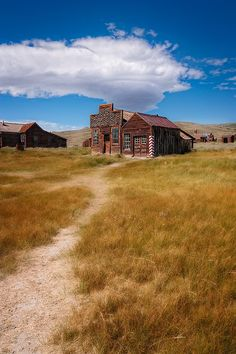 Gold-mining ghost town (Bodie, California) by David Richter / 500px