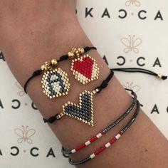 Diy Beaded Bracelets, Beaded Crafts, Beaded Jewelry, Handmade Jewelry, Diy Seed Bead Earrings, Hama Beads Design, Beaded Skull, Beaded Flowers, Leather Jewelry