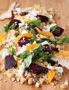 Lemoen en beet is pasmaats! Probeer dit en die kombinasie sal jou verras. Jy kan koeskoes of koring in die plek van die quinoa (soort saadjie) gebruik.