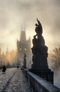 Charles bridge in Prague, Czech Republic.  Beautiful architecture. http://www.lonelyplanet.com/czech-republic/prague/travel-tips-and-articles/76725