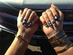 Kylie Jenner - Nail Art ♥