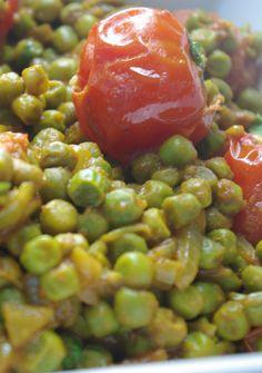 curry petit-pois tomate (pour changer des pois-chiches qui ont la cote sur ce tableau ,-)