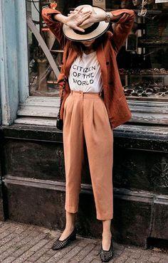 20 perfect fall bohemian street style outfits - boho fashion ideas to wear every. - 20 perfect fall bohemian street style outfits – boho fashion ideas to wear everyday autumn – Bo - bohemian boho comfyFallOutfits Street Style Outfits, Look Street Style, Mode Outfits, Street Chic, Casual Outfits, Dress Casual, Winter Outfits, Street Wear, Casual Pants