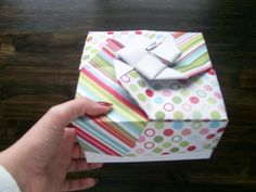 Christmas Origami Box : Image 1 of 2
