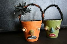the adventures of bluegirlxo: artful thursdays # 28....halloween treat container tutorial