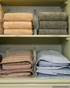 Organizing Tips for the Linen Closet Tip Store sheet sets together in one pillowcase. Label and group your sheet sets by size. Tip Adding brackets is a great idea for neat stacks. Organisation Hacks, Organizing Tips, Cleaning Tips, Storage Organization, Apartment Closet Organization, Closet Storage, Linen Cupboard, Hall Cupboard, Airing Cupboard
