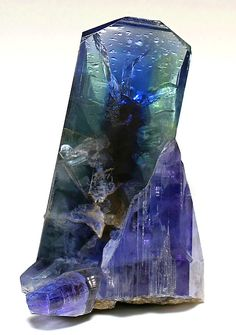 Non-heated Tanzanite with green Zoisite zoning. From the Merelani Hills, Lelaterna Mtns., Arusha Region, Tanzania