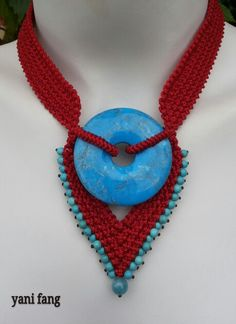 Red and blue macrame necklace ((*.*))