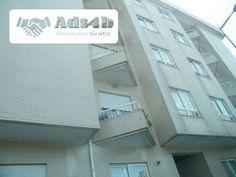Fantástica oportunidade, aproveite e visite este apartamento no Pátio do Rei - Mafamude. T3, com uma área de 240 m2 . È constituído por 3 quartos todos com roupeiro, sendo um em suite, cozin...