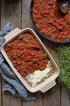 Perfekt mat i form, som passer å servere til mange. Vegan Treats, Vegan Desserts, Vegan Recipes, Vegan Runner, Vegan Gains, Vegan Muscle, Norwegian Food, Vegan Pizza, Easy Food To Make