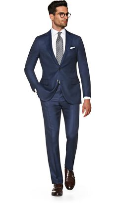 Suitsupply Suits: Soft-shoulders, great construction with a slim fit—our tailored, washed and formal suits are ideal for any situation. Stylish Mens Fashion, Mens Fashion Suits, Mens Suits, Stylish Menswear, Men's Business Outfits, Business Attire For Men, Formal Suits, Men Formal, Classic Suit