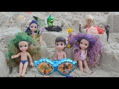 Anna and Elsa Beach Trip Sand Castles Meeting Ursula's children Frozen T...