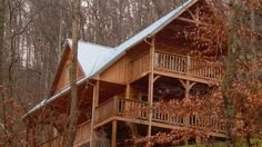 If you like music, you'll love the jazzy musical theme of Blues Moon. Among the special features of this all-cedar two bedroom, two full bath cabin are: king-size bed in the upstairs master bedroom and adjoining bath with amazing walk-in rain shower w/ stained glass ...
