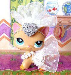 LITTLEST PET SHOP CUSTOM MADE CLOTHES - WEDDING DRESS COSTUME - PET NOT INCLUDED in Toys & Hobbies, Preschool Toys & Pretend Play, Littlest Pet Shop | eBay