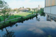 Sill-Leben am Wasser, das Ihmezentrum in Linden  - aufgenommen vom Immobilienmakler in Hannover: arthax-immobilien.de
