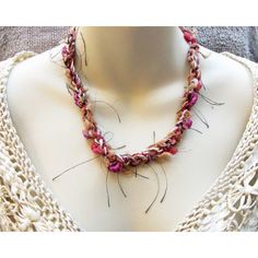 Fabric Crocheted Necklace White Brown Pink Fabric Necklace (€5,51) ❤ liked on Polyvore featuring jewelry, necklaces, crochet jewelry, brown jewelry, brown necklace, pink necklace and macrame jewelry