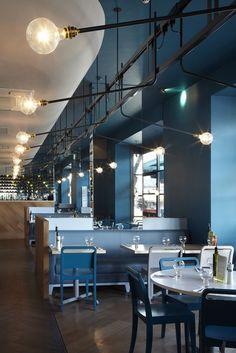 ASK Italian (London, UK) Gundry & Ducker Restaurant and Bar Design Awards Cool Restaurant, Restaurant Lighting, Restaurant Concept, Design Café, Cafe Design, Restaurant Interior Design, Cafe Interior, Commercial Design, Commercial Interiors