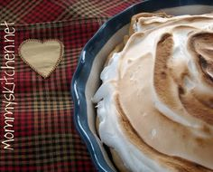 Mommy's Kitchen: Old Fashioned Chocolate Meringue Pie