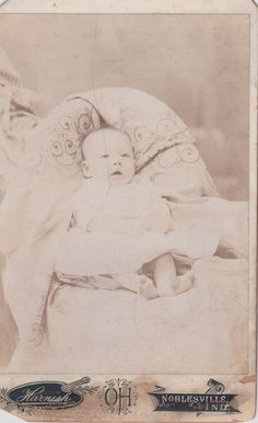 Anna Arline Weil - Born January 28, 1897 - Photograph taken when 6 months old.  She was the daughter of Bernard Weil and Emma Rose.  She married Leslie Lemuel Beals in Hamilton County, Indiana on July 31, 1920.