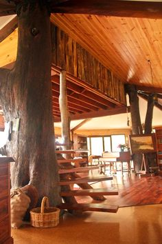 Rick and Annie's handbuilt treehouse in Australia | Offbeat Home I love this creative and outside the box style!