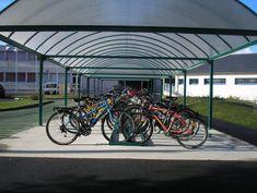 Abri deux roues toit arrondi - Série AT - Abris urbains Bicycle, Motorcycle, Vehicles, Bike Shelter, Rounding, Street Furniture, Bike, Bicycle Kick, Trial Bike