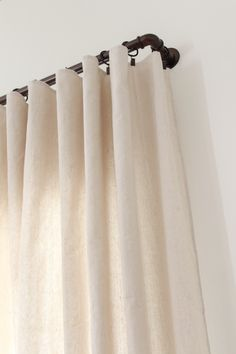 DIY No Sew Drop Cloth Curtains - Beauty For Ashes How to make no sew drop cloth curtains to fit any window size. This is a cheap and easy alternative to expensive drapes and window treatments. Cabin Curtains, Sheet Curtains, Canvas Curtains, Living Room Decor Curtains, No Sew Curtains, Drop Cloth Curtains, Farmhouse Curtains, Industrial Window Treatments, Sunroom Window Treatments