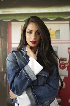 5 Questions with IISuperwomanII Lilly Singh Hollywood Heroines, Hollywood Actor, Lily Singh, Famous Youtubers, All Actress, Punk Rock Fashion, Glamour Shots, Celebs, Celebrities