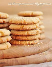 Almond, Cookies, Food, Crack Crackers, Biscuits, Essen, Almond Joy, Meals, Cookie Recipes