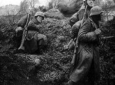 Batalla de Montecassino: Durante 1944, la 2ª Guerra Mundial se encontraba en sus momentos decisivos, el EJE había pasado a la defensiva. En Italia, Mussolini ha sido derrotado y es por ello que los…pin by Paolo Marzioli