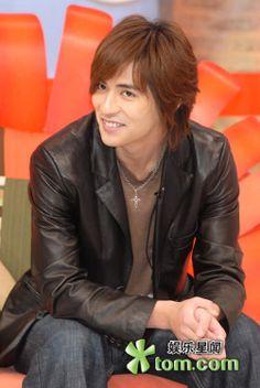 仔仔 : らぶり~仔仔♪ Taiwan Singer, Vic Chou, Jerry Yan, F4 Meteor Garden, China, Drama Series, Asian Actors, My Eyes, Beautiful People