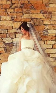 Vera Wang Katherine, find it on PreOwnedWeddingDresses.com