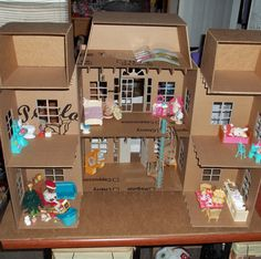 Doll House made entirely of cardboard box. Might as well do something with those mad cardboard skills I acquired at CCAD. Cardboard Dollhouse, Cardboard Crafts, Dollhouse Dolls, Paper Crafts, Doll House Cardboard, Paper Doll House, Barbie Doll House, Paper Dolls, Barbie Dream