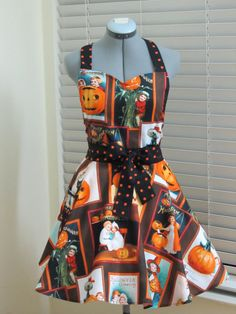 Ready to ship-The Pumpkin Patch- Halloween Apron - with a hint of black with orange dots- Halloween Apron, Halloween Party Costumes, Vintage Halloween, Halloween Fun, Retro Apron, Aprons Vintage, Homemade Aprons, Apron Tutorial, Childrens Aprons