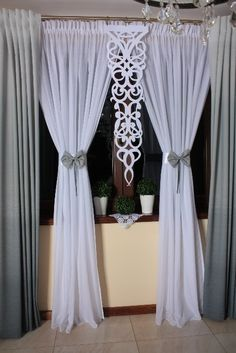 Tulle Curtains, Hanging Curtains, Living Room Decor, Bedroom Decor, Window Treatments, Diy And Crafts, Backdrops, Household, Shabby