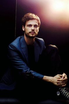 Best known as Dr. Spencer Reid on Criminal Minds, Matthew Gray Gubler has fulfilled a dream by stepping behind the camera on the hit show. Description from pinterest.com. I searched for this on bing.com/images